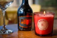 Πορτοκαλί δοχείο με τυπωμένο λογότυπο, με αρωματικό κερί